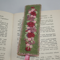 Embroidered Bookmark - Pink rose garland