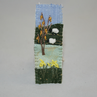 Embroidered Appliqued Brooch - Daffodils and sheep