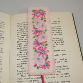 Bookmark - Pink Retro Daisies