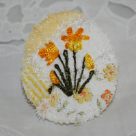 Embroidered Brooch - Daffodils on Patchwork
