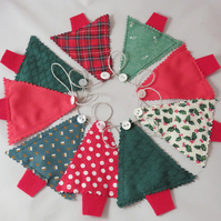 Christmas Tree Mini Bunting - Traditional Reds and Greens