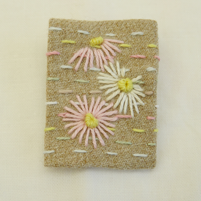 SALE Daisies Brooch embroidered on hand-stitched background