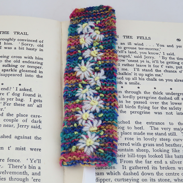 SALE - Embroidered Knitted  Bookmark - Daisies on multi-coloured background