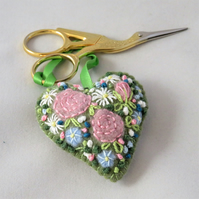 Pink roses embroidered Scissor Keeper