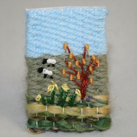Embroidered Brooch Woven - Spring Sheep