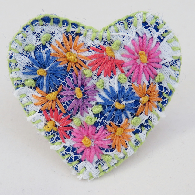 Heart Brooch - Hand embroidered lace on felt
