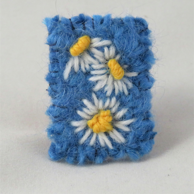 Brooch - Daisies - Embroidered and knitted and felted brooch