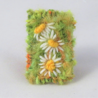 Brooch - Daisies on bright green - Embroidered and knitted and felted brooch