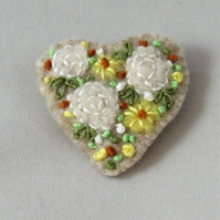 Brooch Roses and yellow dahlias felted and embroidered on felt heart