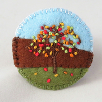 Autumn Tree - Embroidered round felt brooch