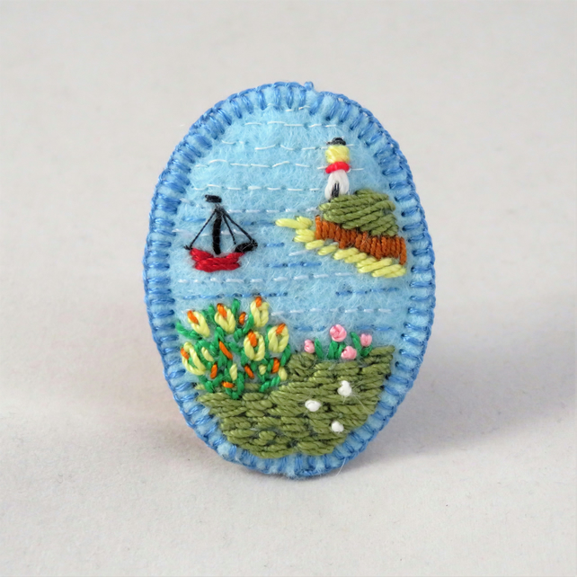 Summer Seaside Brooch embroidered on felt.