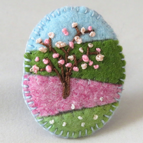 Pink Hawthorn Blossom - Embroidered felt brooch