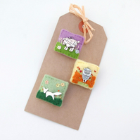 brooches - animal brooches