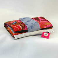 wallet - fabric wallet - bifold wallet - fabric purse