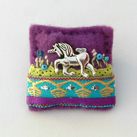 brooch - unicorn brooch - fantasy gifts - unicorn