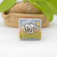 brooch - mini pin - elephant brooch - African elephant - lapel pin