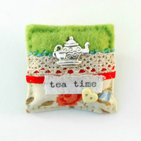 brooch - brooch - tea lover - brooch - Mother's Day