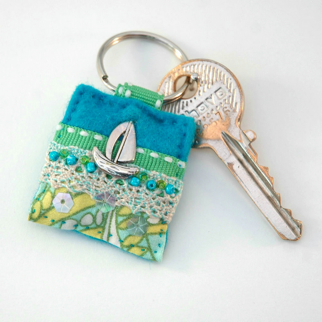 keyring - sailing boat keyring - nautical - boats