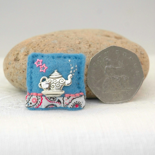 teapot brooch - stocking filler - afternoon tea lover