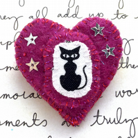 Adorable Cat Brooch. Pink Goth Kitty Brooch. Handmade Felt Brooch
