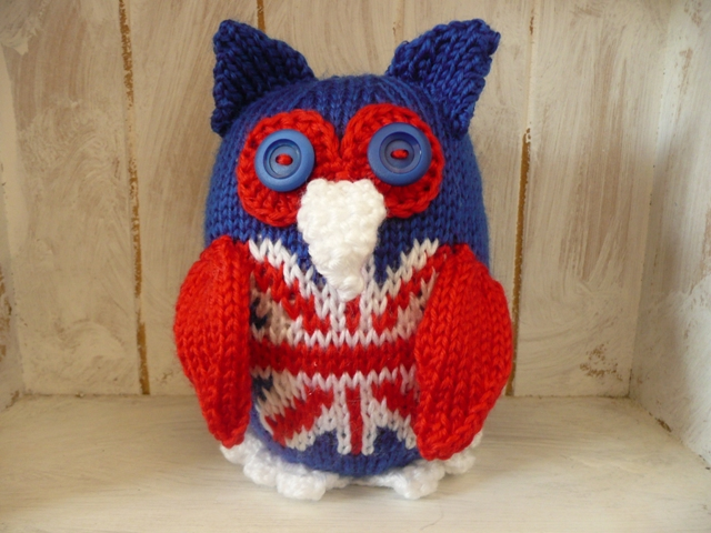 Knitted owl red white blue union jack 2012