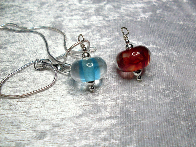 Interchangeable lampwork pendants