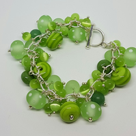 Light green beaded bracelet with toggle clasp