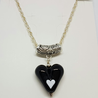 Black heart pendant necklace