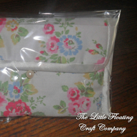 PIF White Floral Cath Kidston Purse/Mini Makeup Bag