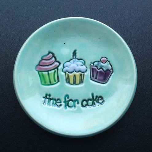 cute little cupcake plate