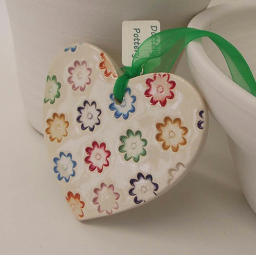 Bright patterned ceramic heart flower decoration