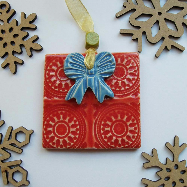 Ceramic Christmas Present Decoration Deep orange Pottery