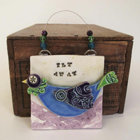 Pottery Bird wall plaque Fly Away