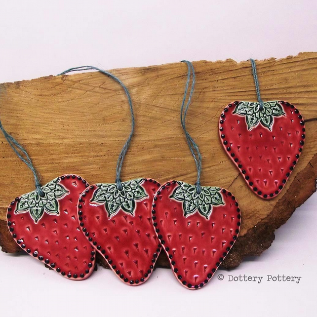 Ceramic strawberry Folk art style pottery decoration