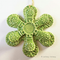 Winter Flower, Christmas decoration pottery flower ceramic snowflake GREEN