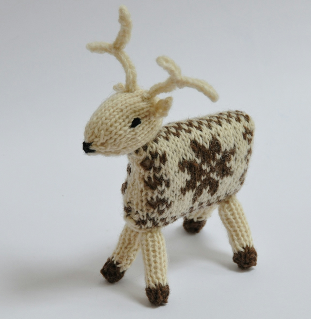 Knit Your Own Snow Reindeer
