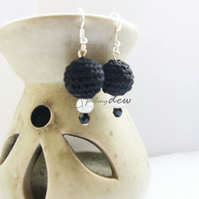 Handmade In the night -A SENSE OF ROMANCE- earrings, BLACK AND WHITE