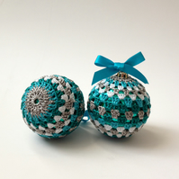 2 Crochet Baubles, Christmas Tree Decorations, Home Decor