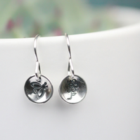 Adorable sterling silver handcrafted bee and flower drop earrings