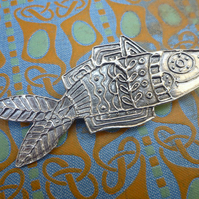 Happy Fish Brooch pin