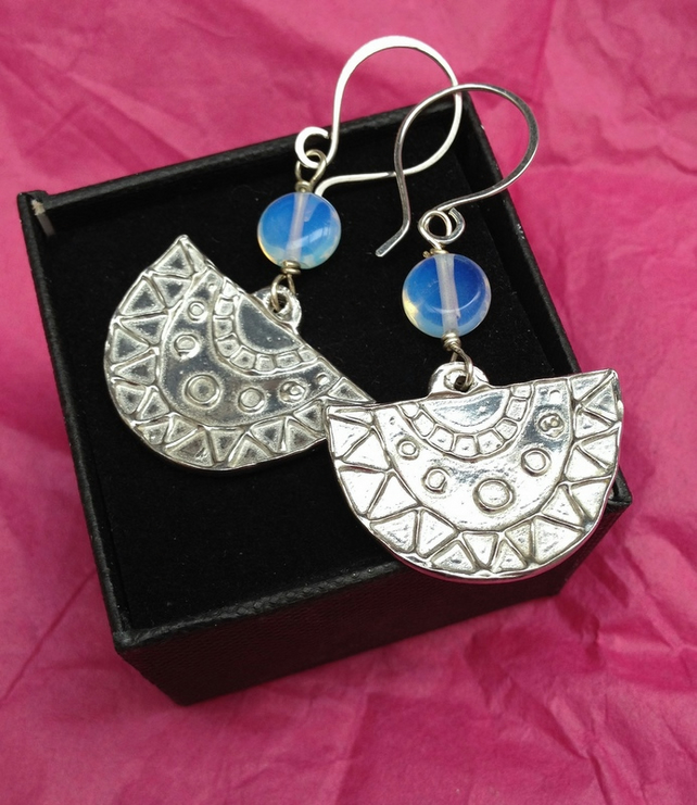 Fan shaped dangle earrings