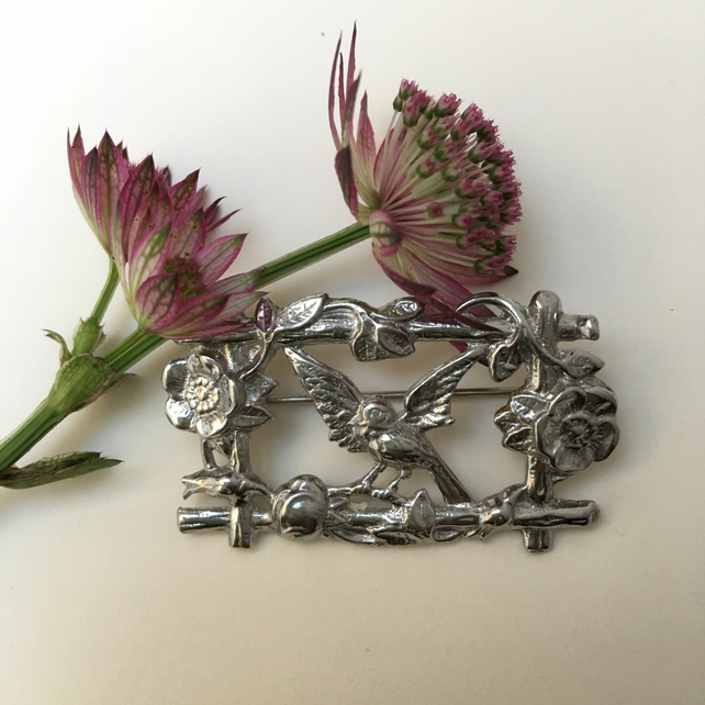 Bird and flowers brooch pin vintage style.