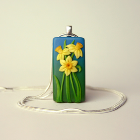 Daffodil necklace, rectangular