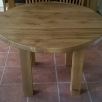 Heavy and Chunky Rustic Round Kichen Table