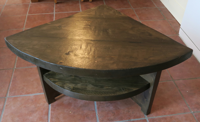 Rustic curved edge corner table