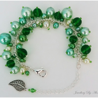 Cluster Bracelet-Green with Leaf Charm
