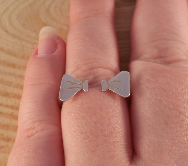 Sterling Silver Split Bow Ring
