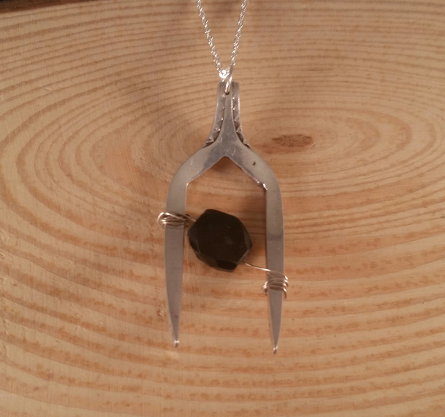 Silver Plated Upcycled Black Agate Fork Necklace SPN111602
