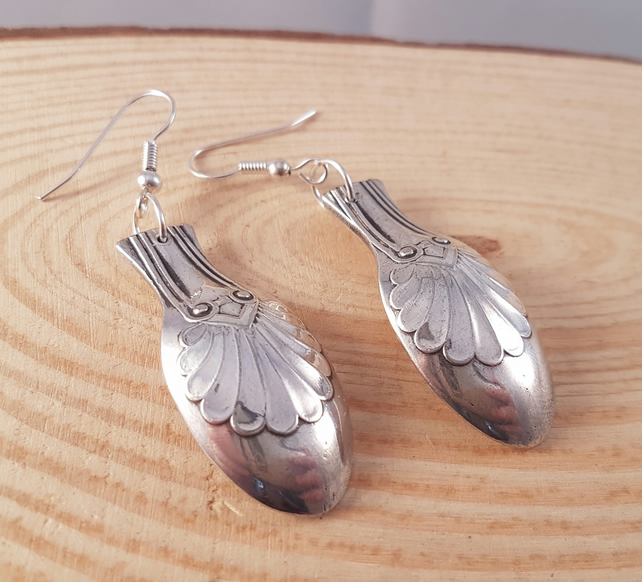 Silver Plated Upcycled Shell Spoon Sugar Tong Drop Dangle Earrings SPE041712