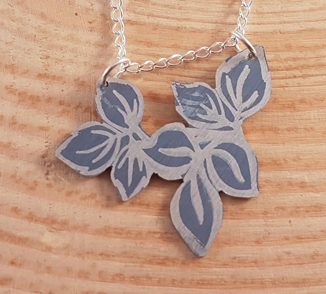 Anodised Aluminium Purple Flower Necklace AAN041810